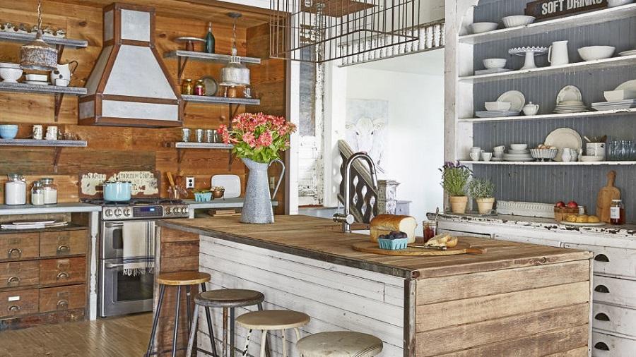 Wood-Trimmed Kitchen Hood